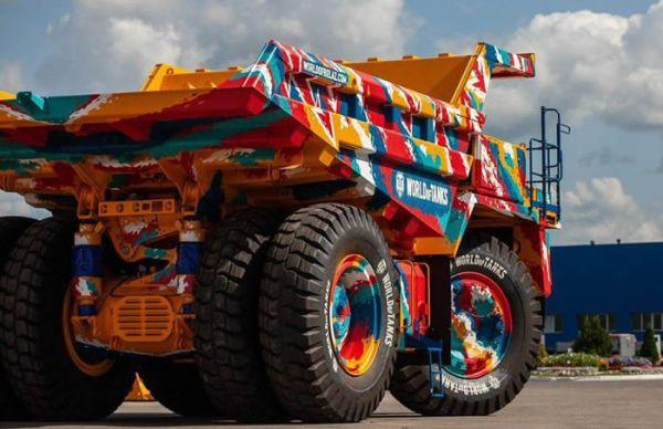 90吨别拉斯涂上《坦克世界》迷彩装